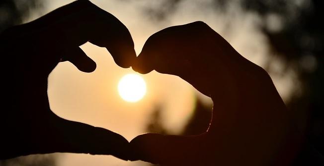 تعبیر خواب عشق و عاشقی